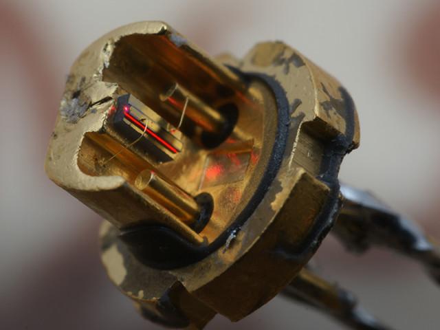 Мощный лазер своими руками 11