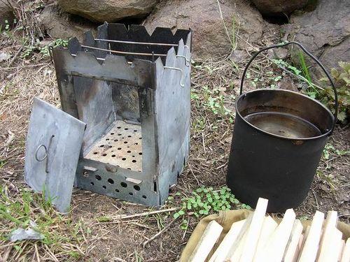 Мини печка из консервных банок