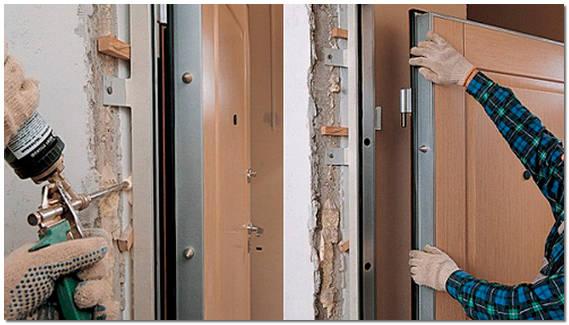 Установить входную металлическую дверь своими руками