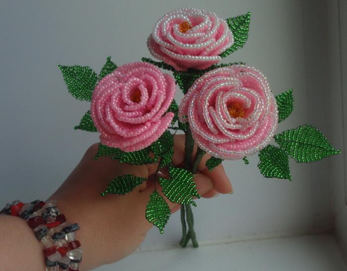 Изготовление из бисера розы