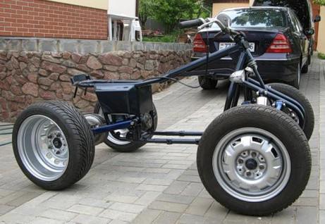 раму от мотоцикла и детали