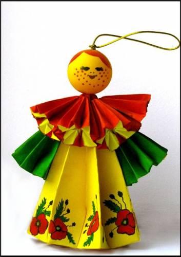 Как сделать из бумаги куклу