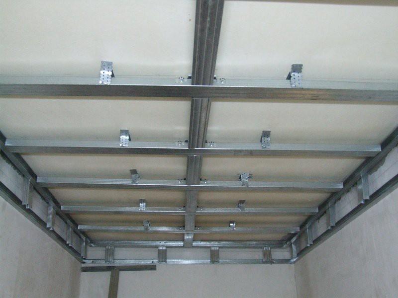Навесной потолок из пластиковых панелей своими руками видео