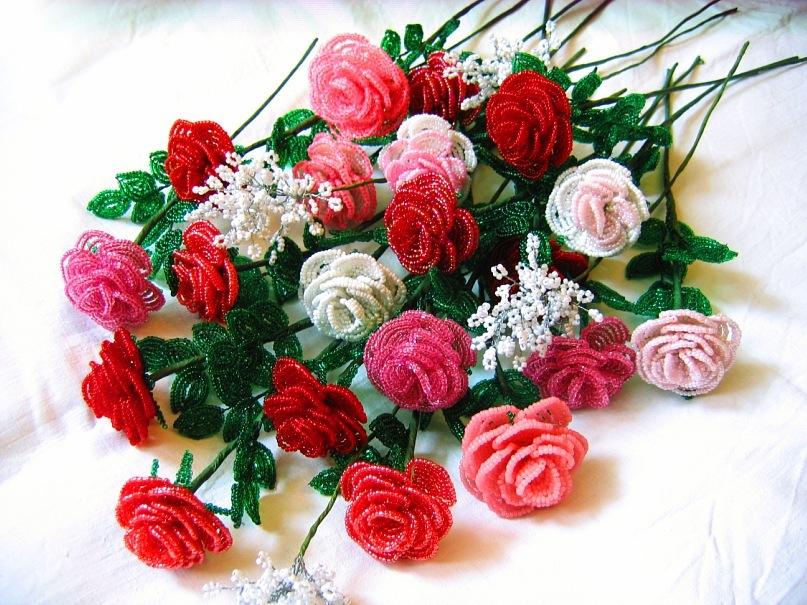 Роза из бисера: мастер-класс