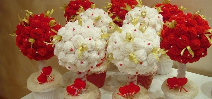 Цветы из салфеток своими руками