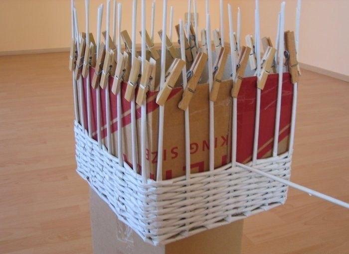 Плетение из газетных трубочек подставку для бутылки